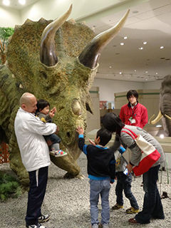 恐竜たちと記念写真を撮ろう