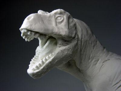 恐竜の復元模型に挑戦