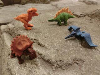 キーワード賞品恐竜ケシゴム320