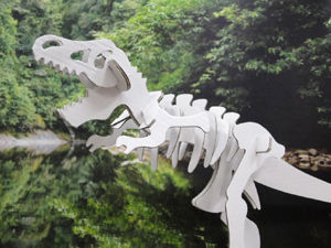 ダンボール恐竜クラフト
