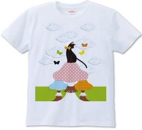猫とキノコと蝶(Cat with mushrooms and butterflies)