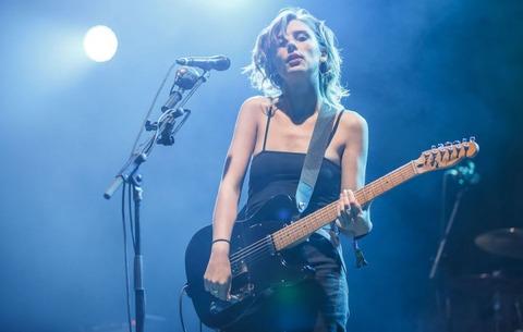 新たにギターを学び始める人の50%が女性であることが判明