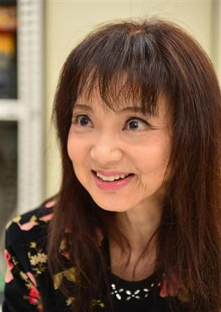 """山崎ハコ、代表曲「呪い」には「悲しい自分に""""釘をさせ""""」という裏の意味がある"""