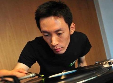 Thu. Feb. 25. 2016 live DJ night: music selected by Yuichi Kumagai
