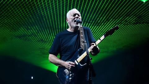 http://cdn.mos.musicradar.com/images/aaaroot/guitars/12dec16/10richest-guitarists/david-gilmour-650-80.jpg