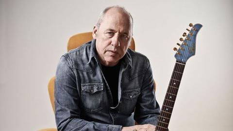 http://cdn.mos.musicradar.com/images/aaaroot/guitars/12dec16/10richest-guitarists/mark-knopfler-650-80.jpg
