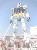 ガンダム立像('10.8.21撮影)