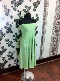トランスペアレント プルメリア総柄プリントベアトップドレス(緑)