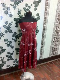 トランスペアレント プルメリア総柄プリントベアトップドレス(赤)