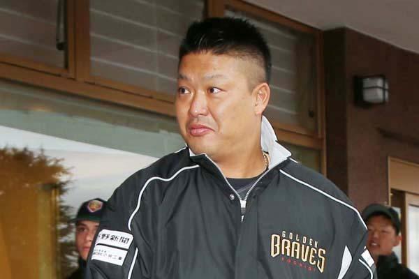 【ゲンダイ】村田修一を獲得する可能性があるのは阪神、中日、オリックス。