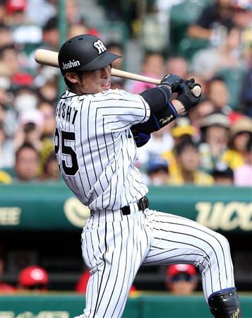 阪神江越が出場4試合連続弾! 黒田から一発、本塁打ダービートップタイに