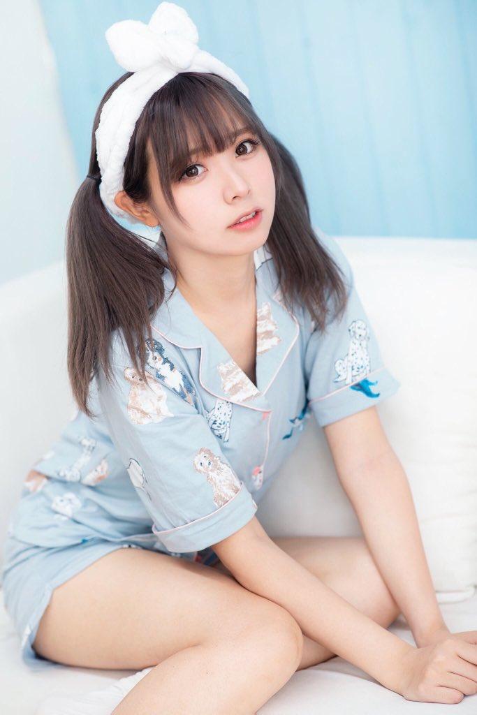 【画像】中国人コスプレイヤー・リーユウちゃんの夏のパジャマ姿が可愛すぎる件