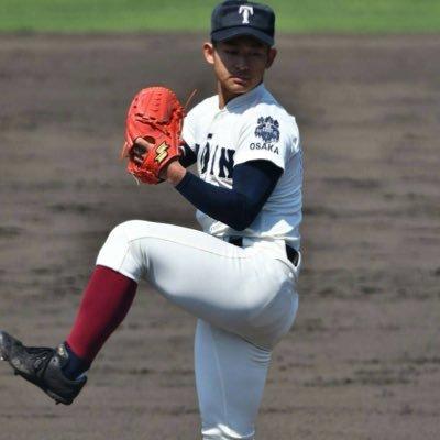 MAX145キロにキレのいいカーブとスライダーを投げる中学全日本代表投手←大阪桐蔭の記録員の小谷