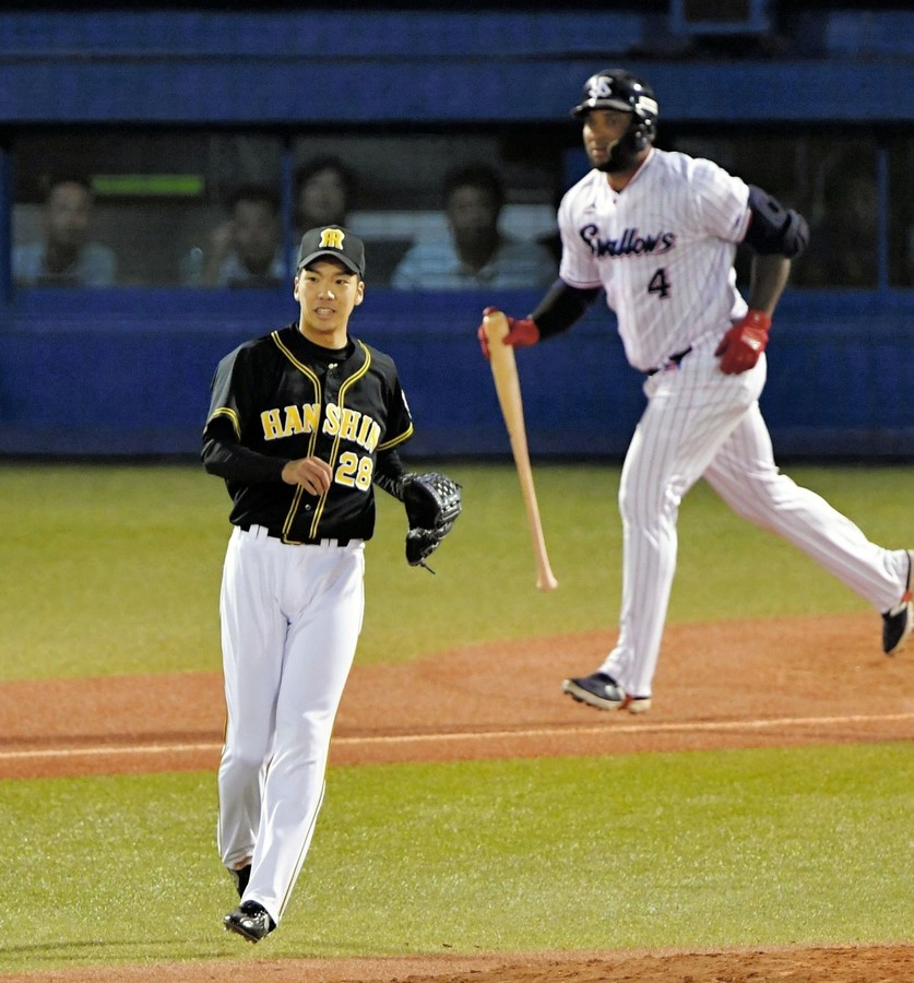 阪神・小野、粘投で6回途中3失点 勝利投手の権利を得て降板