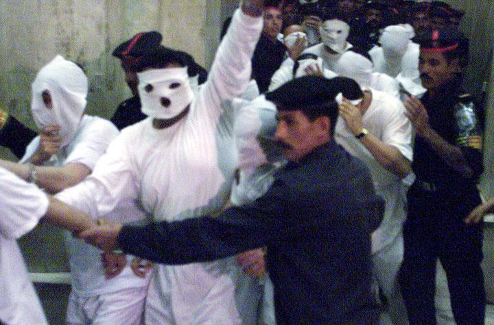 【悲報】エジプト警察、マッチングアプリでおびき寄せ投獄、拷問wwwwwwwwwwwww
