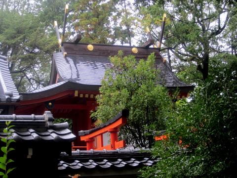 百済王神社本殿1