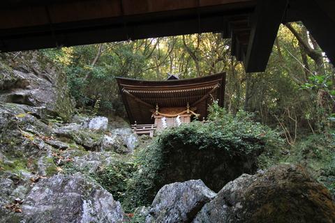 岩戸神社4本殿