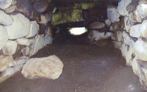 鳴塚古墳石室