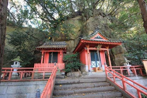 乙姫神社と天高稲荷神社