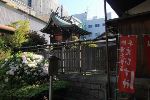 富島神社の本殿