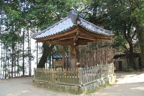 傘の形の傘堂
