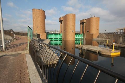 竪川水門1