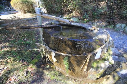 河阿神社の手水舎
