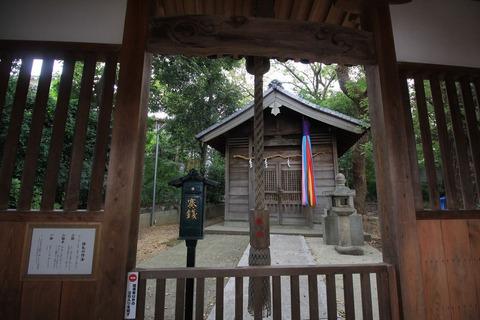 旧府神社の本殿