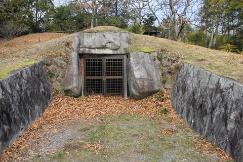 神名神社古墳2