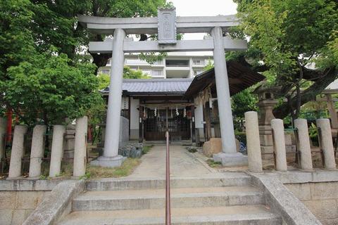 阿保天神社の拝殿
