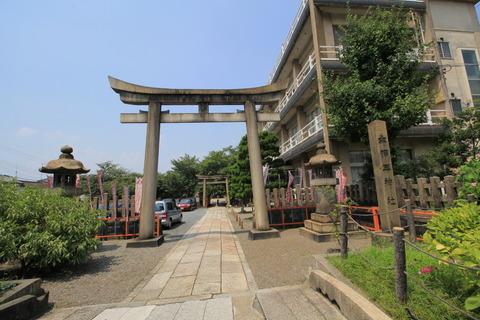 六孫王神社1