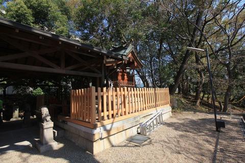 旭神社の本殿2