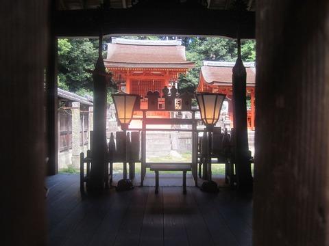 交野天神社本殿と末社八幡神社