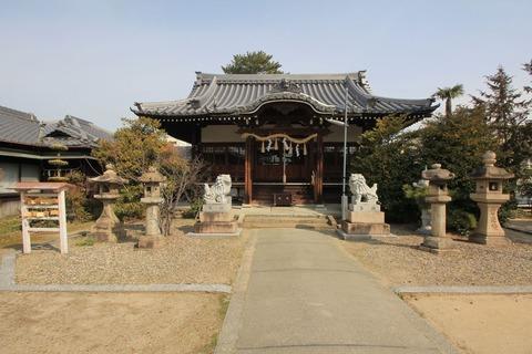 味生神社の拝殿