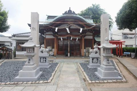 荒田八幡宮の拝殿