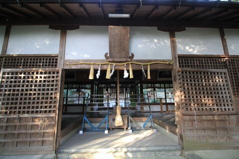 加守神社2拝殿2
