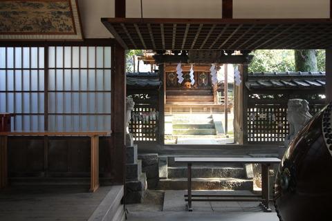 栗殿大神神社の本殿
