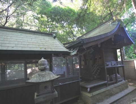 曽彌神社の本殿