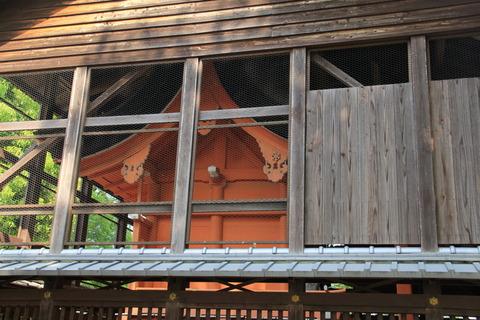 巨椋神社の本殿2