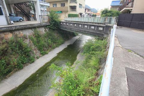 妙法寺川と妙法寺橋