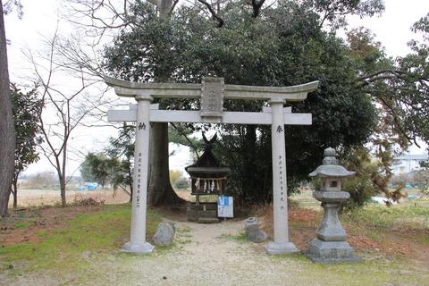 屋就神命神社(やつぎ)2
