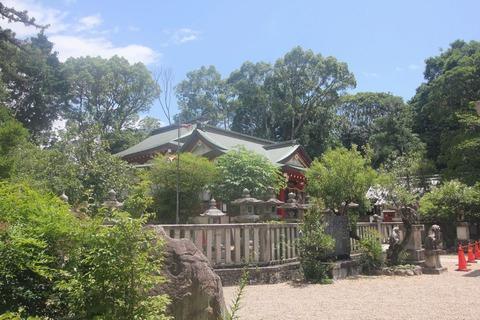 機物神社の本殿