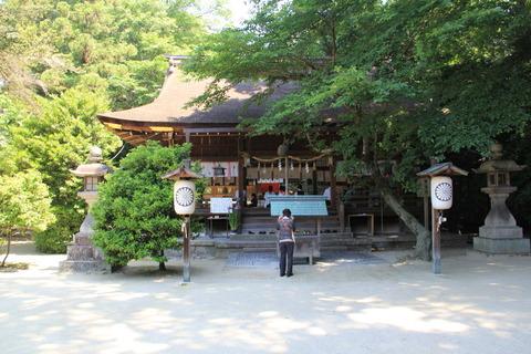 廣瀬大社の拝殿