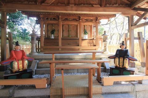 旭神社の本殿1