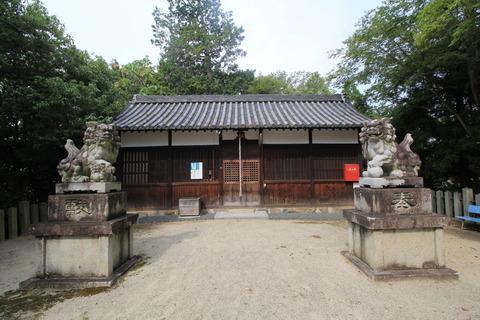 孝霊神社の拝殿