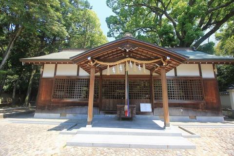 伊達神社の拝殿2