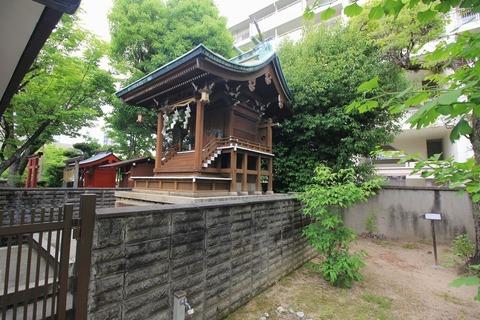 阿保天神社の本殿