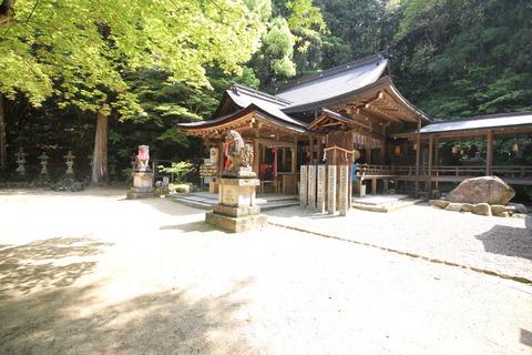 等彌神社4上津尾社1