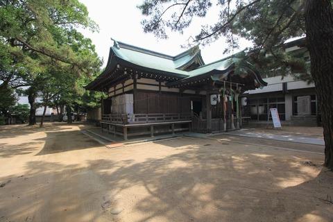 岩屋神社の社殿