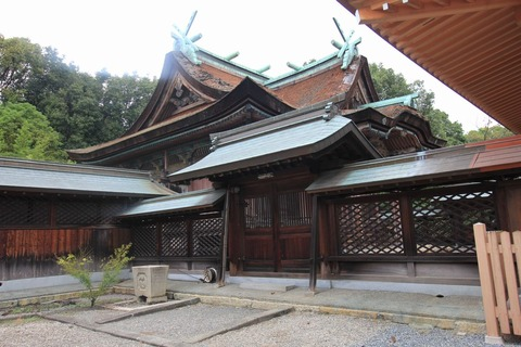 聖神社の本殿1